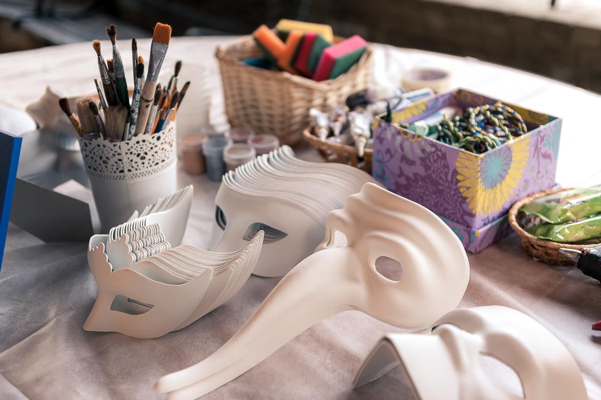 Роспись венецианских масок и Латте-арт - мастер-классы на корпоративе Oracle Чайно-Творческая Мастерская