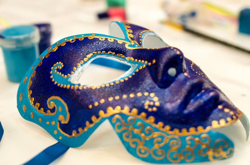 выездной мастер класс роспись карнавальных масок