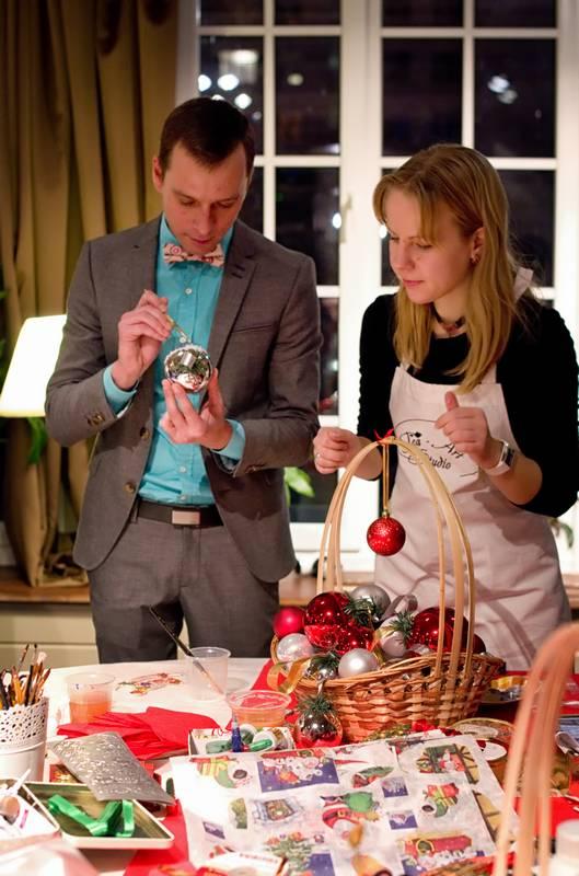 декорирование новогодних игрушек