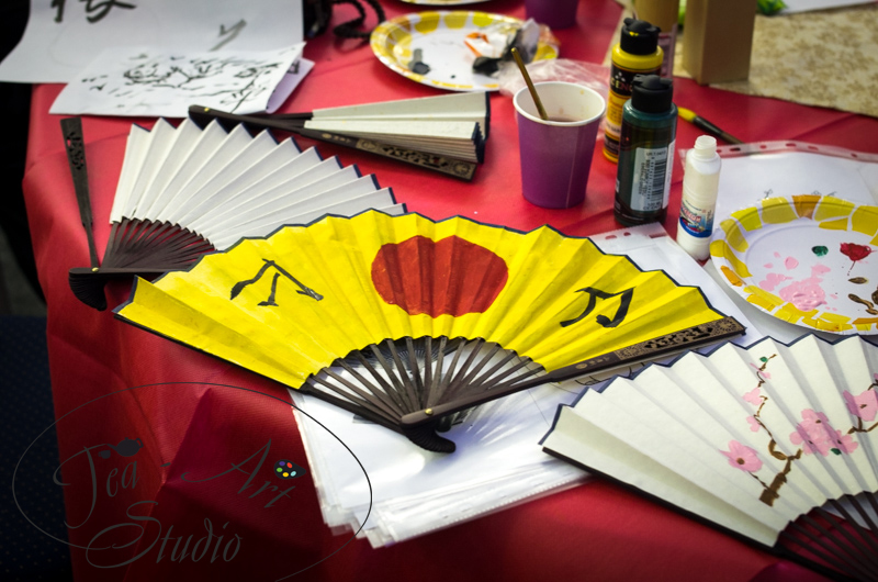Роспись вееров в японском стиле