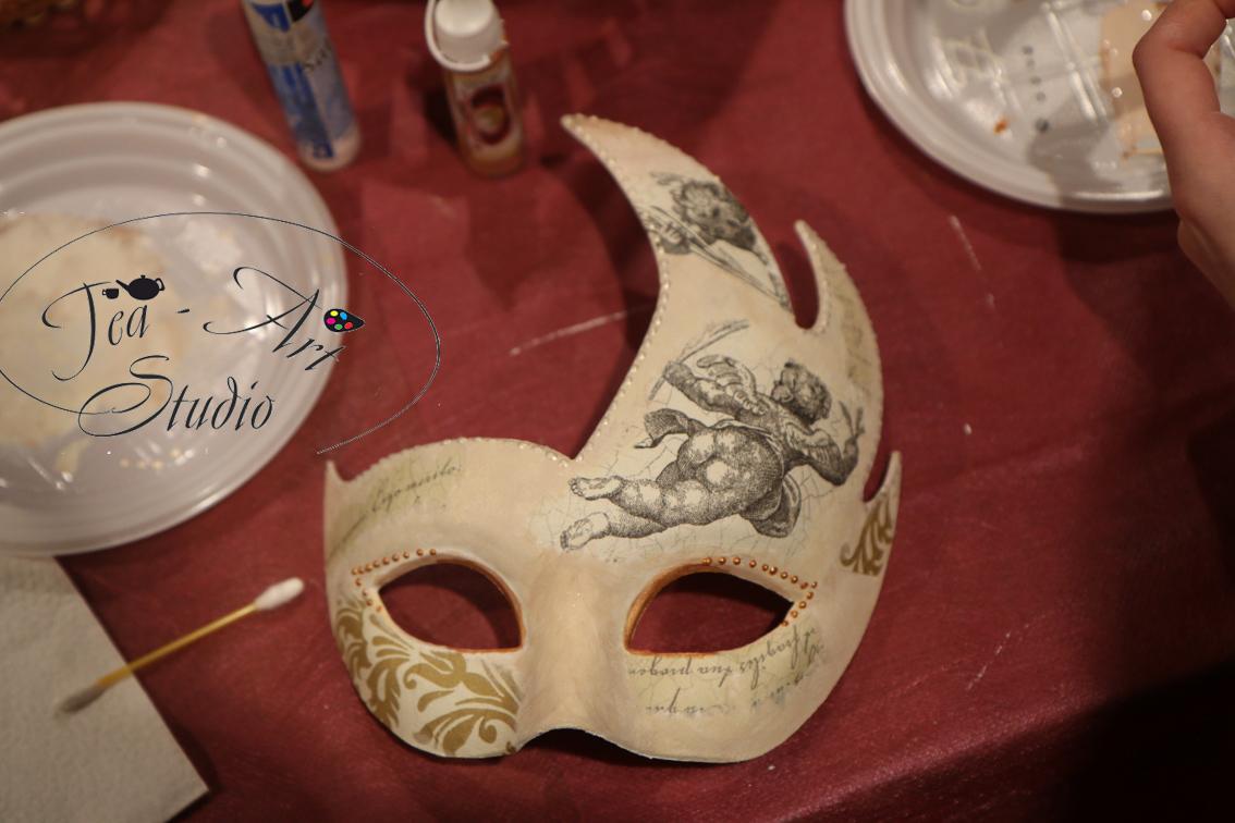 Венецианская маска своими руками: мастер-класс 6