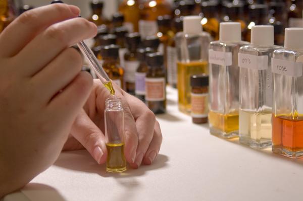 Blending-Fragrances