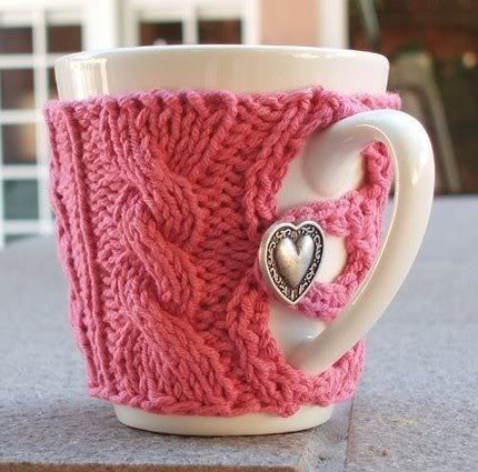 knitted-cofffee-cup-cozy1
